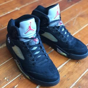 2011 Air Jordan 5 Retro Black Metallic Size 11.5